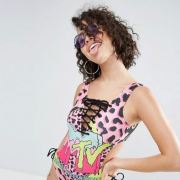 Here's An Awesome 80s- Inspired Style Capsule Collection Worth Shopping