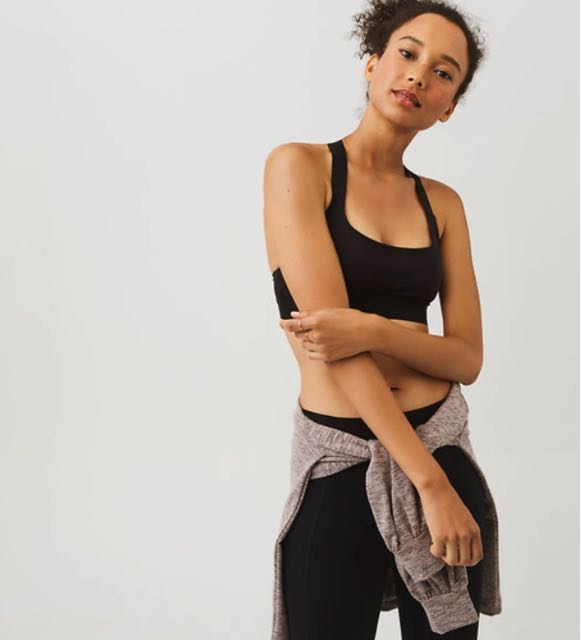 Lou & Grey FORM Blends Performance With Style And Comfort