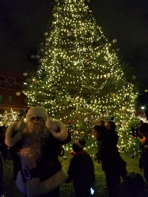 ... Mayor Curtatone and City staff for Somerville's annual holiday  celebrations that kicked off this past Thursday evening with the Christmas  Tree Lighting ... - 2017 Somerville Annual Christmas Tree Lighting The Somerville News