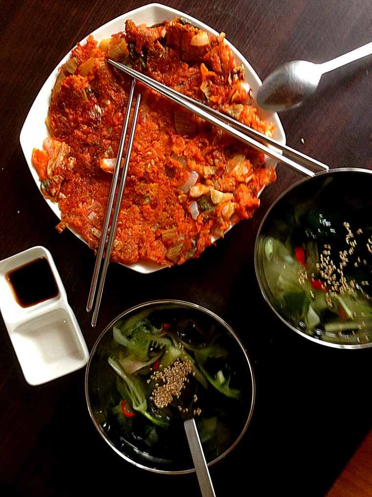 Kimchijeon meal