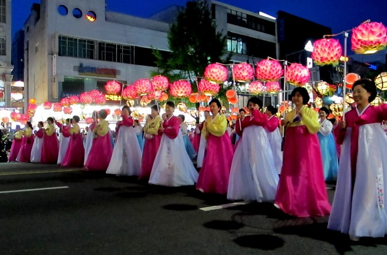 Seoul, Korea: Lotus Lantern Festival, Hanboks and lanterns