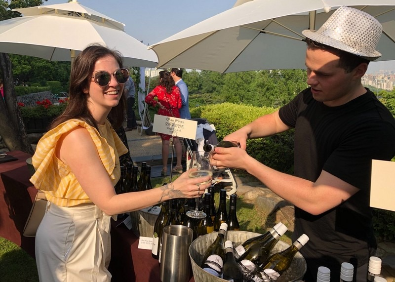 New Zealand Wine Festival, Seoul, Korea, 2018: Hallie Bradley, The Soul of Seoul