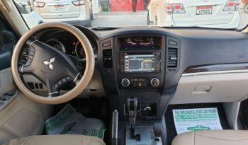 Used 2010 Mitsubishi Mitsubishi Pajero full