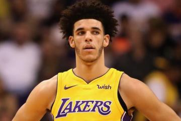 Lonzo Ball Gifts Parents $400k Rolls-Royce For Christmas