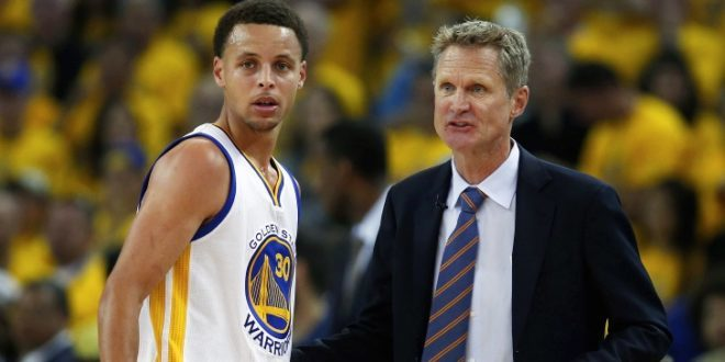 """Steve Kerr Admits Steph Curry is """"Not Going to Play Anytime Soon"""""""