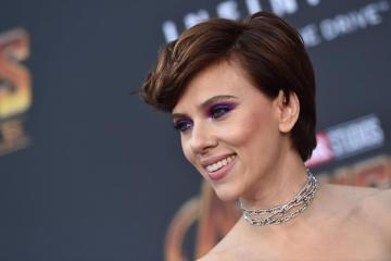 Scarlett Johansson Facing Scrutiny For Accepting Transgender Movie Role
