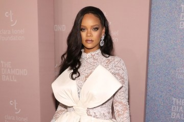 Rihanna Encourages Other to Help her Fight for Global Education