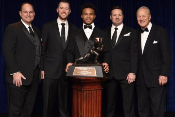 Heisman Winner Kyler Murray Apologizes for Homophobic Tweets From Five Years Ago