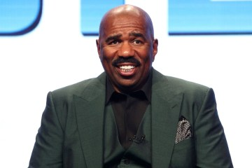 Steve Harvey to Gift Eight College Students With $23K Scholarships
