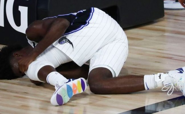 Jonathan Isaac Suffers Torn Acl Against Sacramento Kings