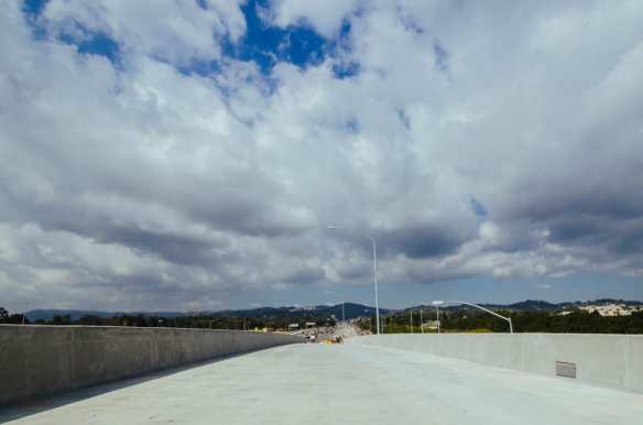 The new eastbound Wilshire to northbound 405 flyover on-ramp. Photo by Steve Hymon/Metro.