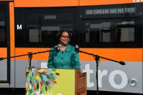 Stephanie Wiggins, Metro Interim Deputy CEO, speaking at Earth Day event.