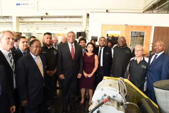 U.S. Transportation Secretary Anthony Foxx joins Metro Board Chair Mark Ridley-Thomas, Metro CEO Phil Washington and career path students to announce