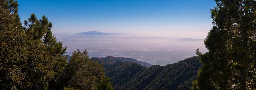 Smog in the San Gabriel Valley and beyond as seen from Mt. Wilson. Photo by Bryan Ungard, via Flickr creative commons.