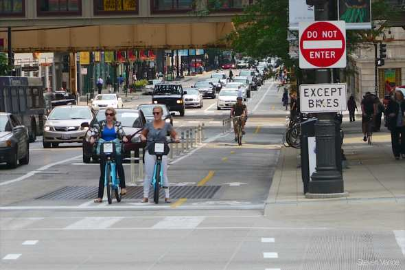 Divvy riders. Photo by John Greenfield via Flickr Creative Commons.