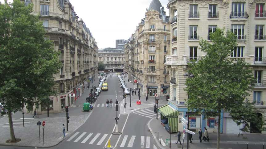 Neighborhood in Paris. Photo via Flickr / La Citta Vita