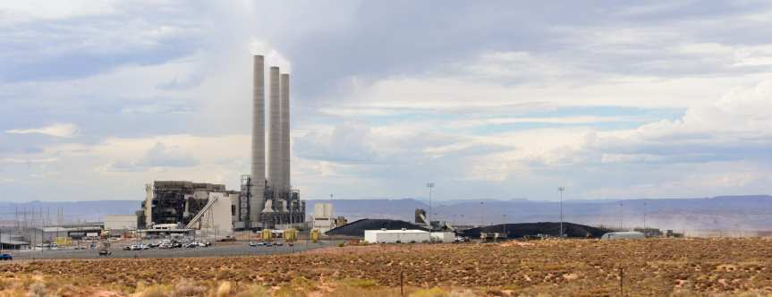 The Navajo Generating Station in northern Arizona remains one of the largest coal power plants in the nation. Photo: Wikimedia.