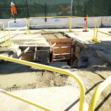 Potholing and pile trenching at 1st and Alameda to support future shoofly track junction.