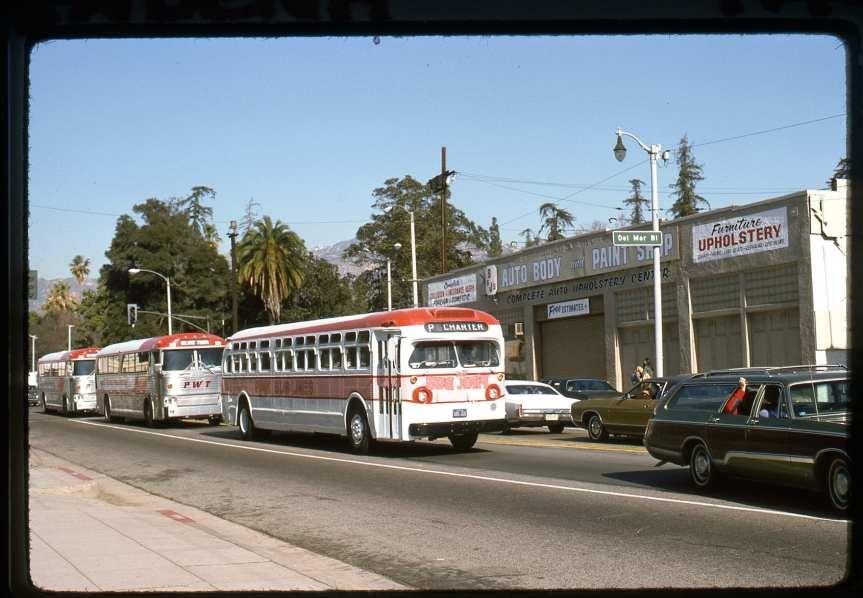 pink bus lines 2 js