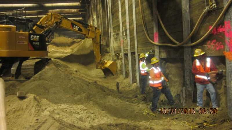 ug4-excavation-of-final-lift-to-invert