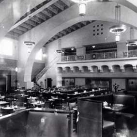 The same space when it was a restaurant in the 1940s.