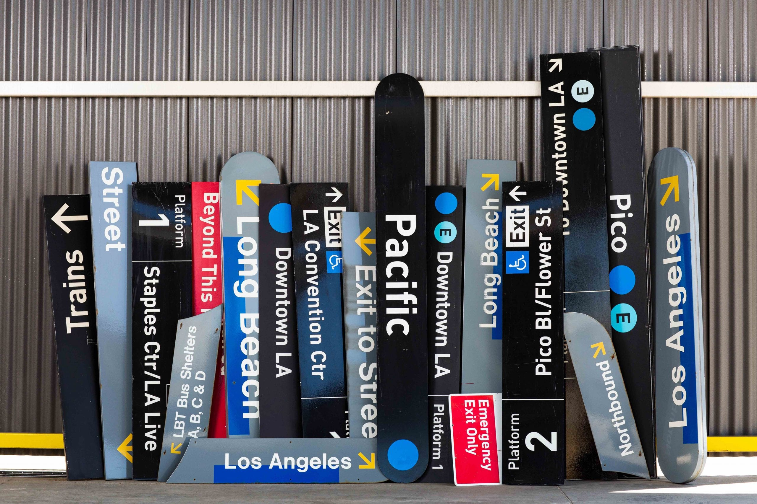 Blue Line Vintage Sign Auction On Thursday Oct 24 At Union Station The Source