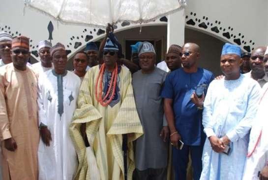 HRH Oba Rilwanu Akiolu,Oba of Lagos(middle) being flanked by speakers of state legislatures of Nigeria