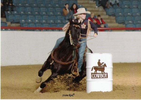easy jet black, fort worth stock show 2002, barrel race, barrel racing, photography