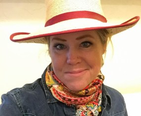 Podcast 008 – South Dakota Cowgirl on Advocacy and Photography