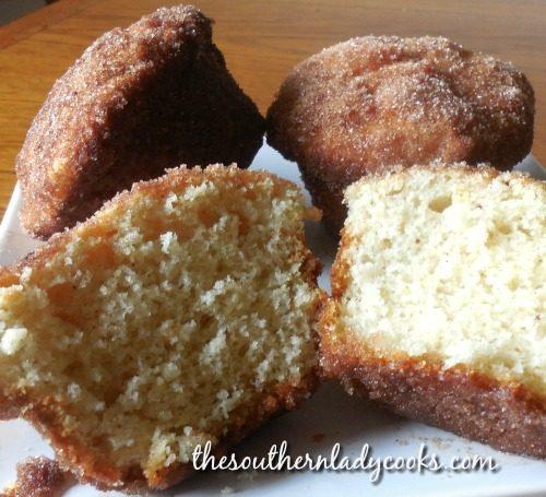 Cinnamon donut muffins.
