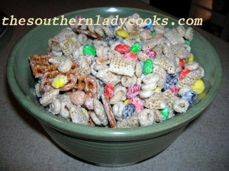white-chocolate-party-mix - Copy