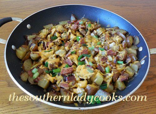 Cheesy Bacon Skillet Fried Taters - TSLC