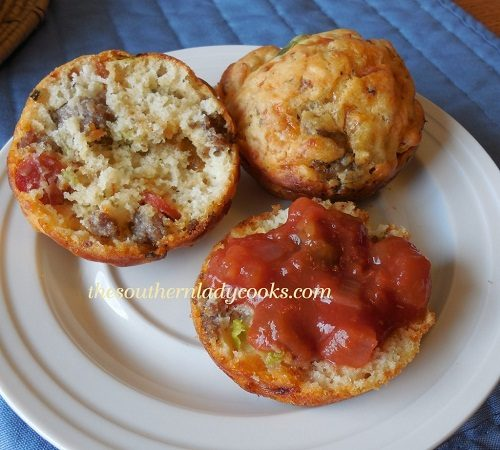 Sausage and Pepperoni Pizza Muffins - TSLC
