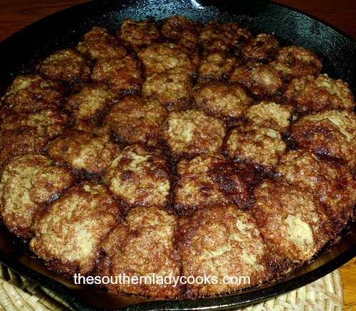 Cinnamon Roll Biscuit Bites2