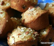 PINEAPPLE MUFFINS – BLUEBERRIES