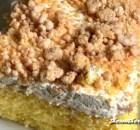 PEANUT BUTTER POKE CAKE