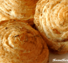 GARLIC HERB CRESCENT ROLLS