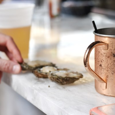 new orleans oysters | new orleans food guide | best restaurants and bars in new orleans