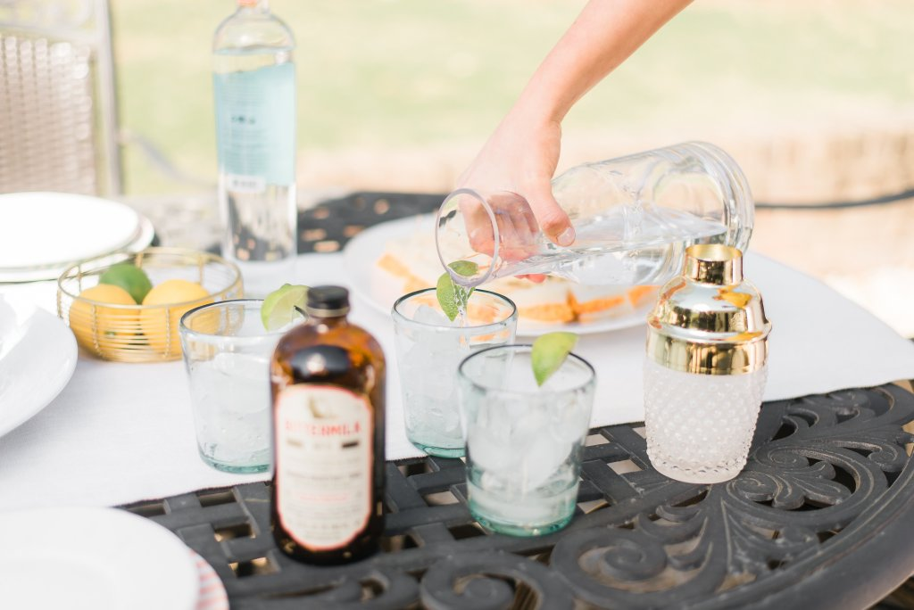 outdoor party plates and cups plasticware