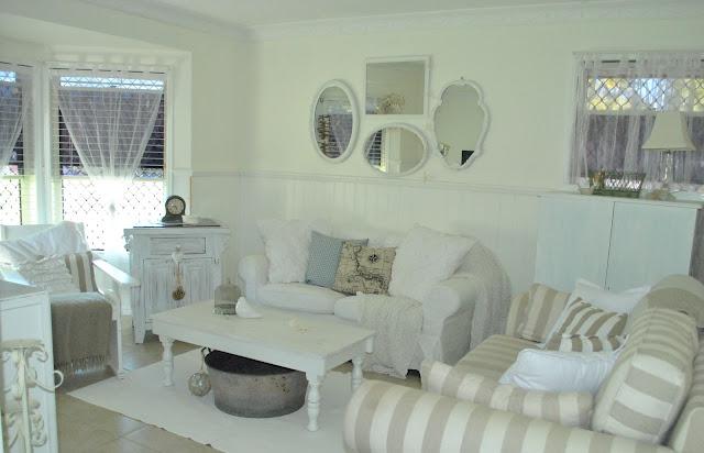 coastal design living room paint colors for images coastal-living-room