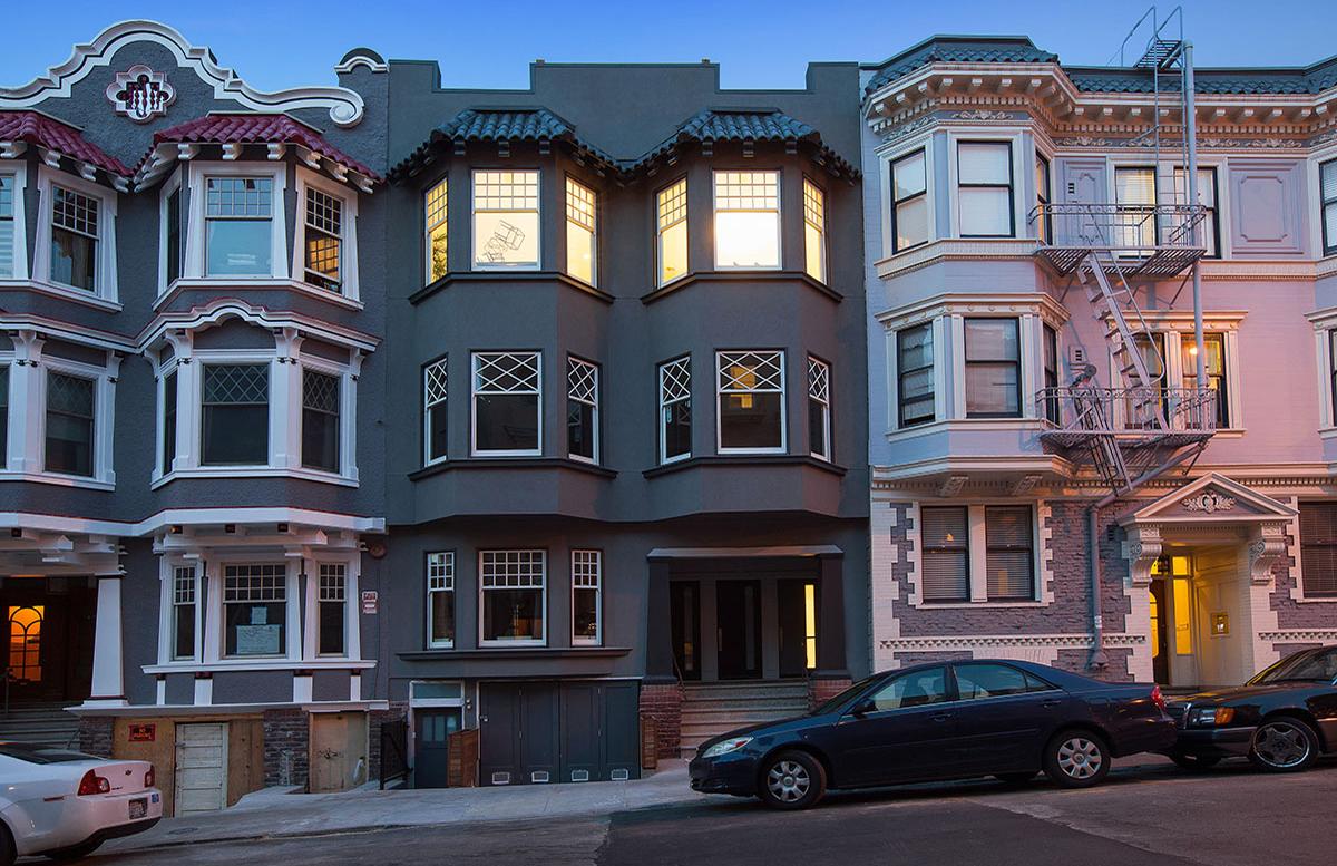 San Francisco Apartment From Hitchcock's 'vertigo' Goes On