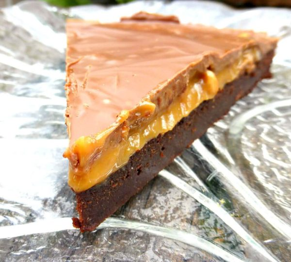 Chocolate & Salted Cashew Caramel Spelt Brownie Cake