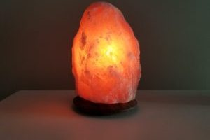 So Well's Amber Himalayan Salt Lamp Medium $34.95 (Regular $44.90) + Review