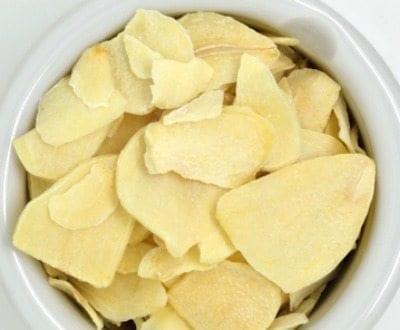 whole garlic flakes smoked