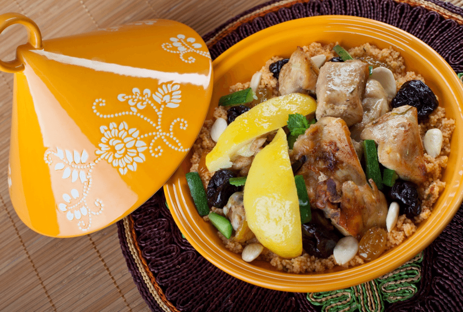 tagine with chicken and dates and moroccan ras el hanout