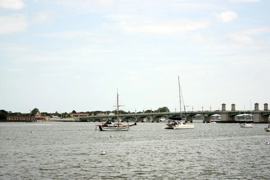 historic downtown Saint Augustine, Florida: sight seeing in the beautiful seaside town of the oldest city in the US! | historic downtown Saint Augustine, Florida: sight seeing in the beautiful seaside town of the oldest city in the US! | via The Spirited Violet