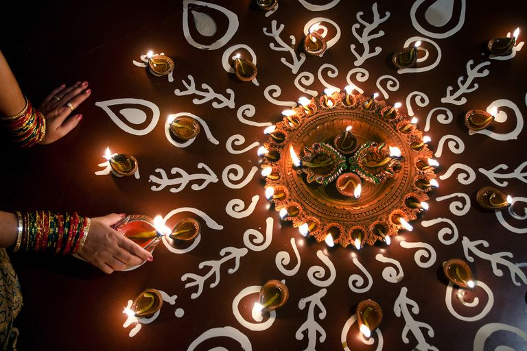 Best Diwali WhatsApp Status For You- Hindi & English