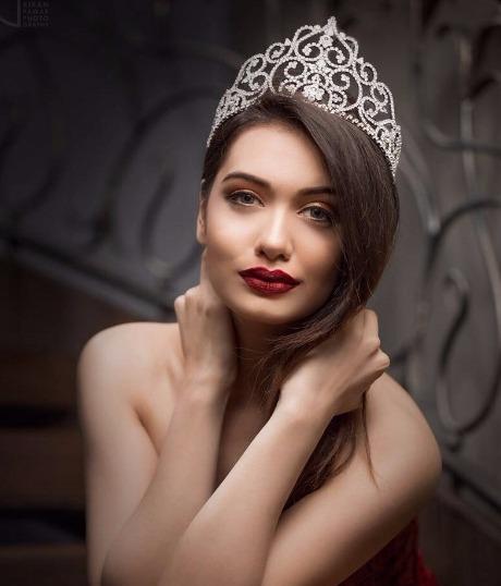 modeling-portfolio-photoshoot-mtv-splitsvilla-x-divya-agarwal
