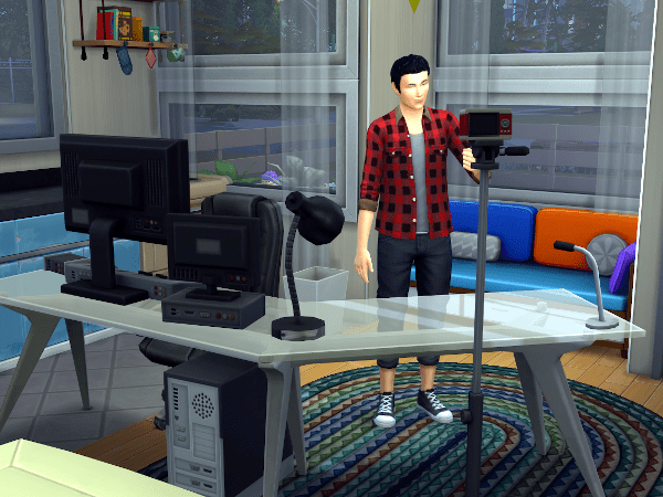 Sim trying to become a famous vlogger