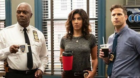 Brooklyn Nine-Nine Recap: 'The Honeypot' Quietly Normalizes Queerness